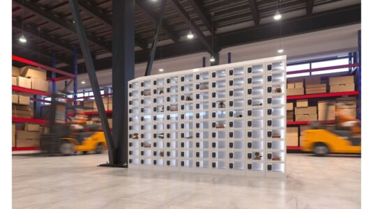 The benefits of using smart lockers for a warehouse